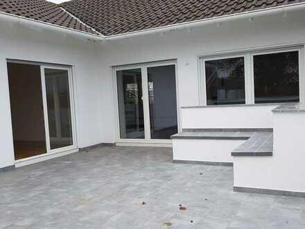 Gehobenes Einfamilienhaus mit sechs Zimmern, Einbauküche und Sauna in Grünstadt