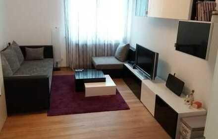 Neuwertiges 1-Zimmer-EG-Appartement mit EBK in Bestlage