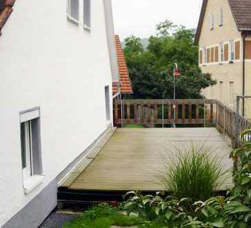 B24Plus In Top Lage teil renoviertes Haus mit Garten und Garage