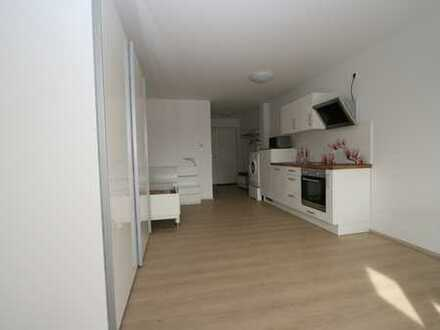 Neuwertige 1-Zimmer-Wohnung mit Balkon und EBK in Warthausen