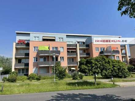 IMMOBERLIN.DE - Helle Wohnung mit ruhiger Westterrasse in reizvoller Naturlage