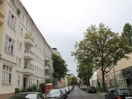 Dachgeschoss in ruhiger Straße nah am Boxhagener Platz in Friedrichshain!