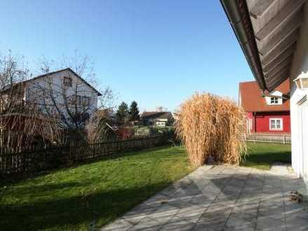 Großzügige Doppelhaushälfte mit schönem Garten, West-Terrasse u. Doppelgarage