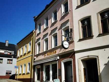 Wohn- und Geschäftshaus direkt am Markt