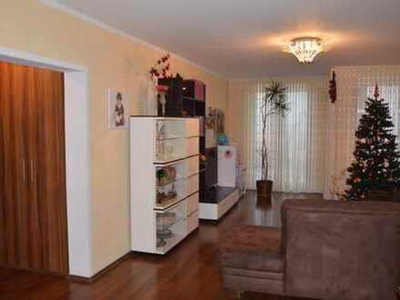 Wunderschöne 3-Zimmer-Wohnung mit tollem Schnitt, EBK etc. in Bonn