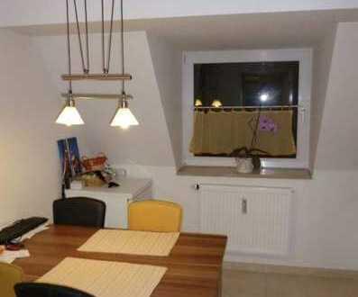 Schöne 2 Zimmer DG Wohnung 48m2 in Giesing inkl EBK und neuem Parkett