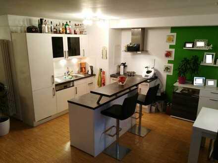 Gepflegte 2-Zimmer-Loft-Wohnung mit Einbauküche in Ulm