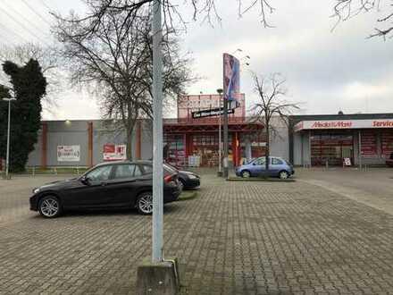 Attraktive Fachmarktfläche direkt an der Gladbecker Str. / B 224