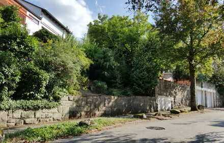 """Glück ist hier zu wohnen, 1-Familienhaus mit 3 Garagen nähe """"Paradies"""" am Annaberg, Baden-Baden."""