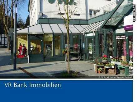 Bergisch Gladbach-Stadtmitte: Ebenerdiges Ladenlokal mit 220 m²