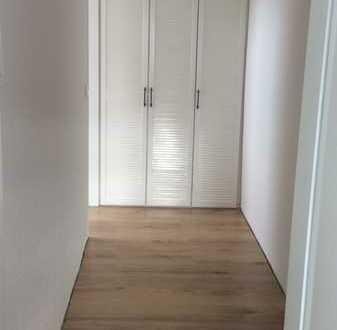 NEU sanierte Dachgeschosswohnung-Loft, Seeheim-Jugenheim
