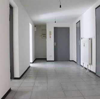 Renovierte, helle Souterrain-Gewerbeeinheit für Büro oder Kanzlei etc.