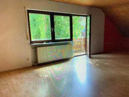 Möbliertes WG-Zimmer in ruhiger Lage Nähe Sindelfingen/Böblingen