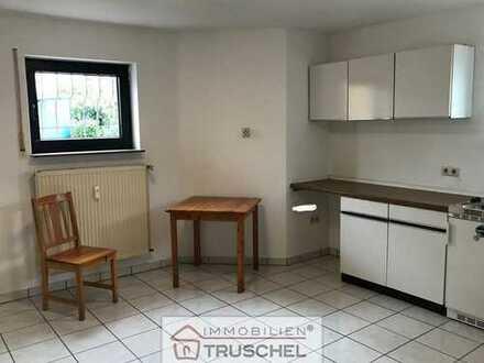 Für Wochenendheimfahrer geeignet... 1 Zimmer mit Küchenzeile, Duschbad etc.