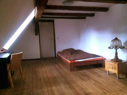 Teilmöbliertes Zimmer in Stupferich