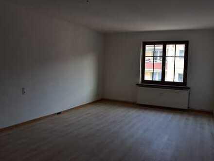 freundliche helle 2-Zimmer-Wohnung zur Miete in Bad Muskau