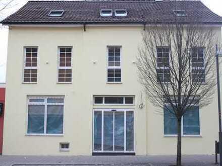 Praxis- / Büro- /Gewerbeobjekt (Etage) in den Neuen Mitte Eislingen zu vermieten