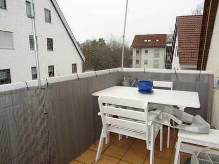 Vermietete 2 1/2 Zi. DG-Wohnung mit Balkon und Doppelparker