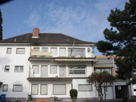 Großzügiges Haus mit Ladengeschäft, 2 Wohneinheiten und Baugrundstück im Sanierungsgebiet