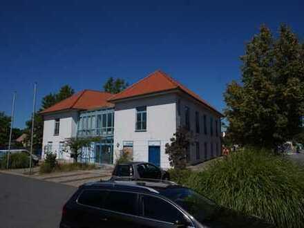 Bild_3 Zimmer NEU Renoviert - in zentraler Lage am Haus des Gastes