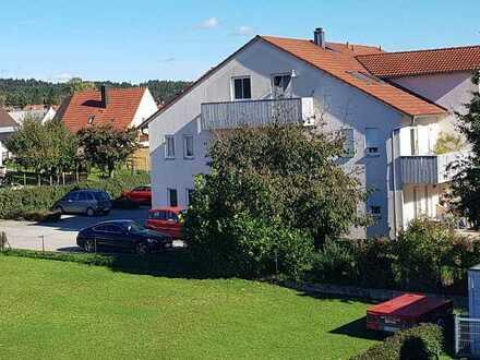 Wunderschöne sonnige Wohnung mit zwei Zimmern, Balkon und EBK in Lippertshofen Gaimersheim, Stellpl