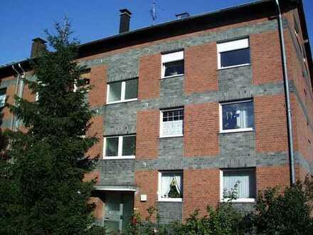 Für die kleine Familie - Gut geschnittene 3,5-Zimmer-Wohnung im Hochparterre!