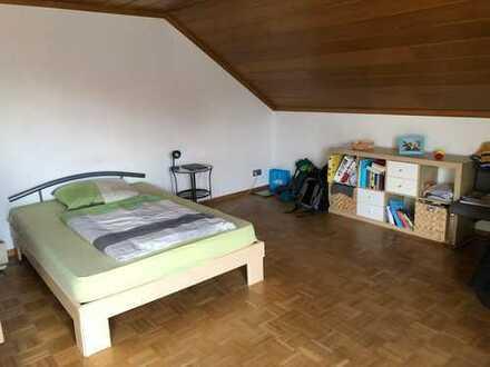 Nachmieter für ca. 25qm Zimmer in 4er WG in Gaimersheim gesucht