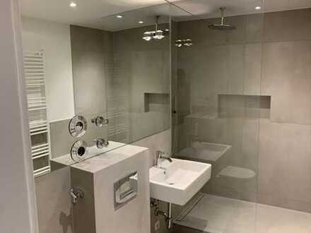 Erstbezug nach LUXUS-Sanierung: ansprechende 2-Zimmer-Wohnung in Hadern,