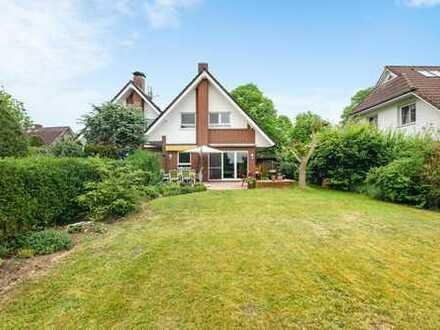 Schöne Doppelhaushälfte mit großem Garten