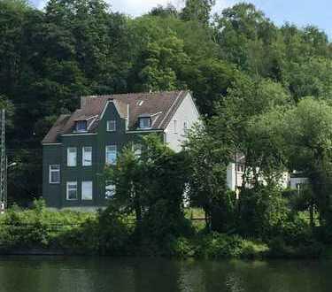 *Schöner Blick zur Ruhr* Ruhige 2 Zimmer Wohnung *Provisionsfrei*