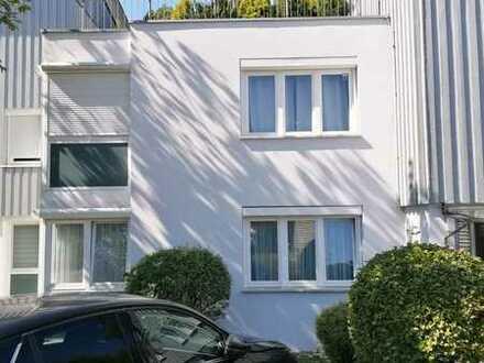 Sonnige 3 Zimmer-Wohnung in Rommelsbach