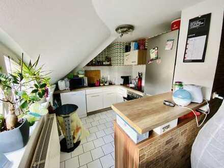 Wunderbare Renovierte 3-Zimmer-Maisonette-Wohnung mit Balkon und Einbauküche in Pritzwalk
