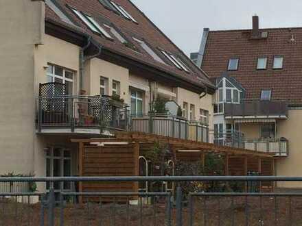 Schöne Maisonette Dachgeschoßwohnung im Grünen