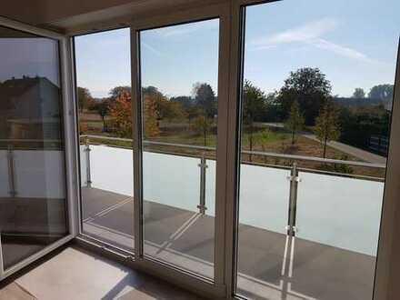 Neuwertige 4-Zimmer-Wohnung mit Balkon in Steinmauern