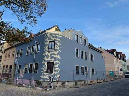 Erstbezug nach Sanierung mit Balkon: attraktive 4-Zimmer-Wohnung in Aschersleben