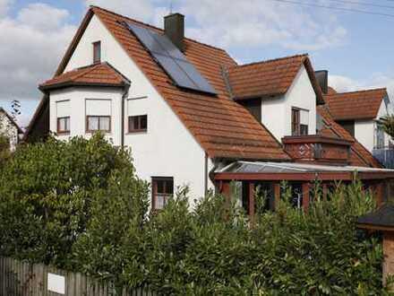 Friedberg/St. Afra - EFH mit Wintergarten, Garage und Carport