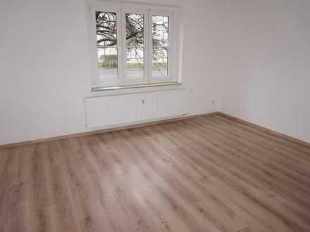 Mieter gesucht - Balkon an der Küche + Bad mit Fenster - frei ab 1.9.