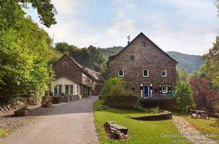 Stilvolles Ambiente für Café oder Restaurant in der Wildburgmühle Treis/Karden zu vermieten.