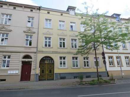 Großes kapitales Mehrfamilienhaus mit 6 Wohnungen in der Innenstadt von Pasewalk