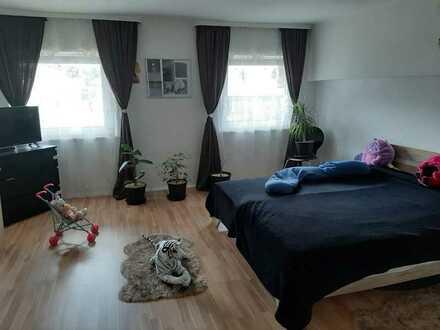 Freundliche 3-Zimmer-Wohnung mit Einbauküche in Lindenberg