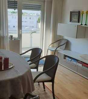 barierefreie Wohnung mit Balkon und Personenaufzug -freiwerdend