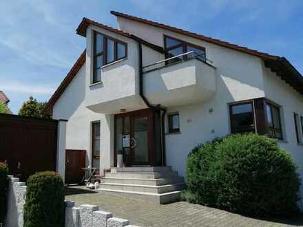 Sehr schöne Doppelhaushälfte im Gebiet Mühlwingle