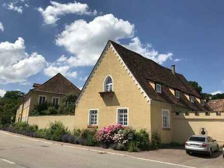 Gepflegte 4-Zimmer--Wohnung OG+DG in Neulingen