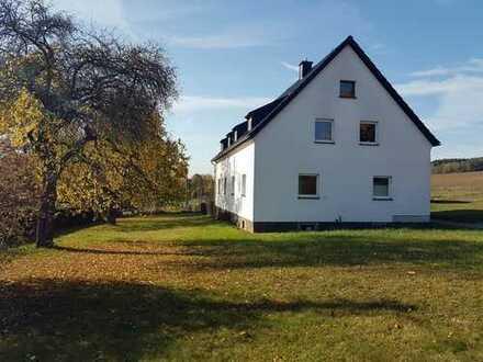 3-Zimmer-Maisonette-Wohnung mit Einbauküche in Tirpersdorf