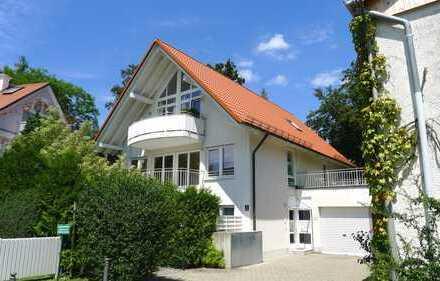 Lichtdurchflutete 3-Zimmer Wohnung mit 2 Terrassen in Grünwald !!!