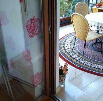 Möbliertes Zimmer für Studenten/in * Kaminofen*Wintergarten und Balkon