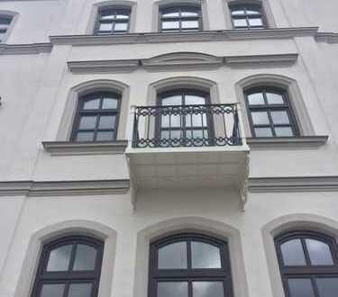 Erstbezug! freistehendes eh. Kutscherhaus im historischen Ensemble mit Garten u. Terrasse / 4 Zimmer