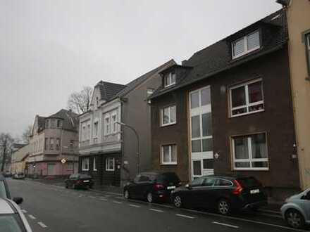 3 Häuser - 1 Kaufpreis ... (PLUS Bauerwartungsland)!