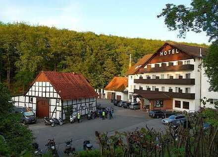 Hotel Ländlicher Charme trifft auf sehr guter Verkehrsanbindung an die A2 !