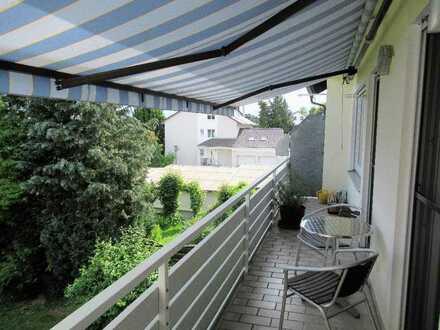 Ch.Schülke Immob., Schöne 2,5-Zimmer-Wohnung mit Balkon